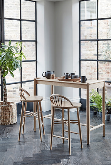 Shalstone dining bar stools and table